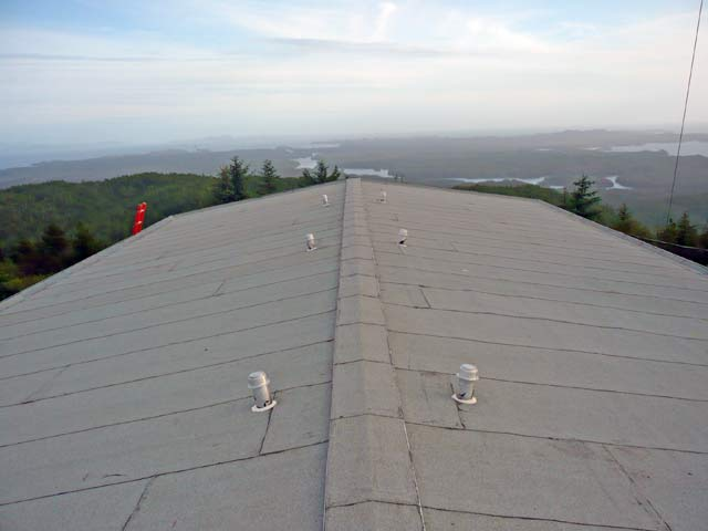 Remote island roofing