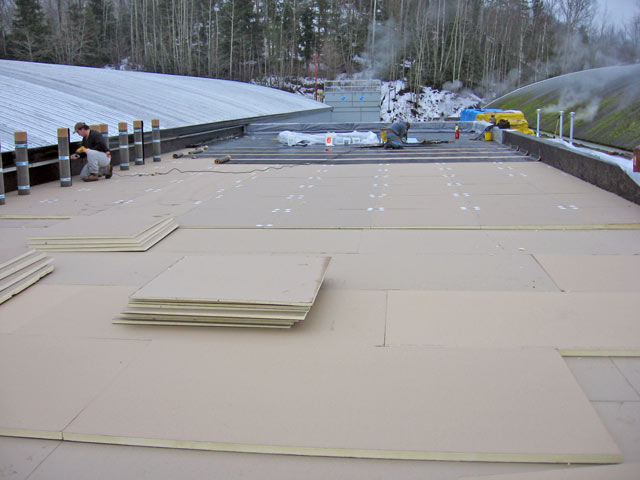 Commercial RCABC certified roof installation